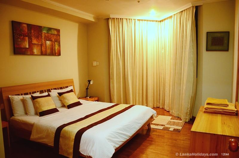 Serviced apartments in colombo 2 br luxury apartment for Bedroom designs in sri lanka