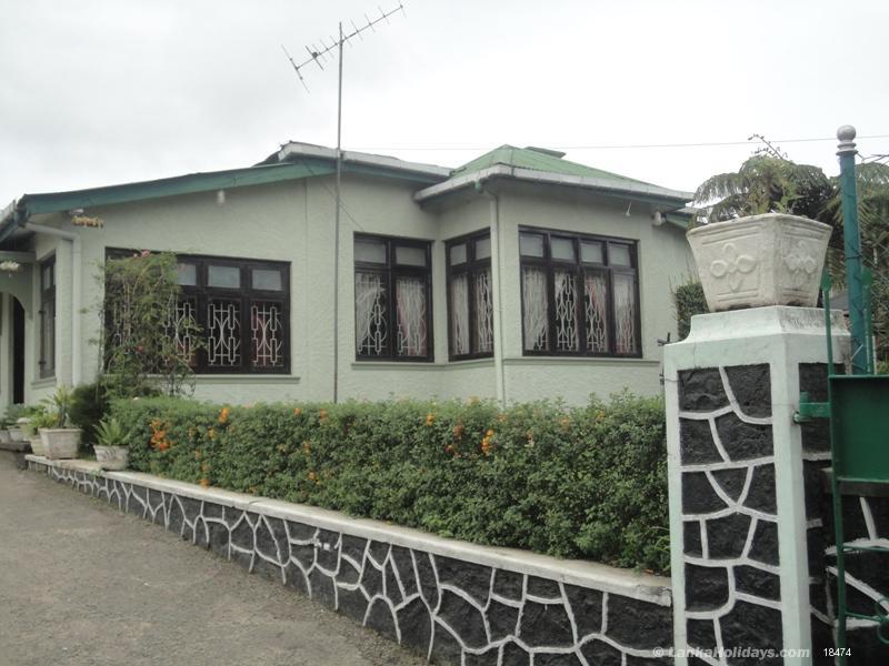 Nuwara Eliya Holiday Hotel