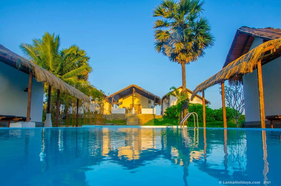 Serviced bungalows in kalpitiya 4 bedroom luxury holiday - Bungalows with swimming pool in sri lanka ...