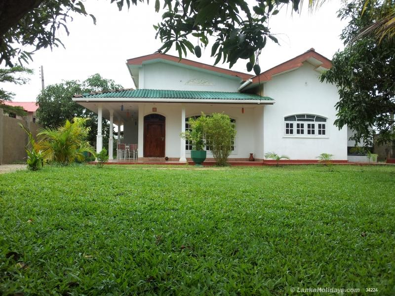 Anuradhapura holiday Guest House