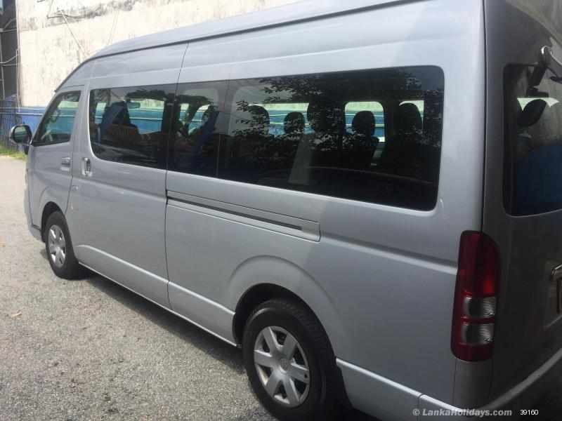 Sri Lanka Van Rentals/Hire - Van For Hire ## 15 Seater