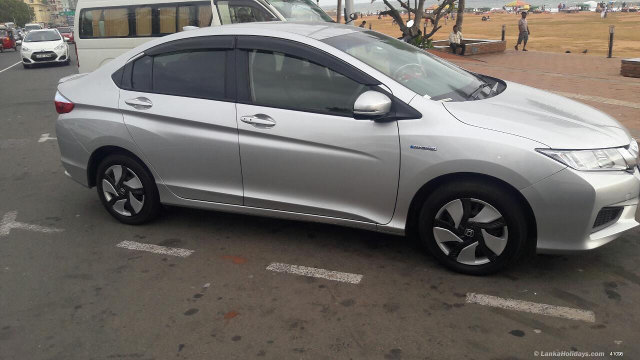 Sri Lanka Car Rentals Hire Honda Grace Car For Rent Airfort