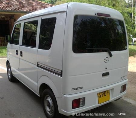 Sri Lanka Van Rentals/Hire - SUZUKI EVERY BUDDY VAN FOR RENT